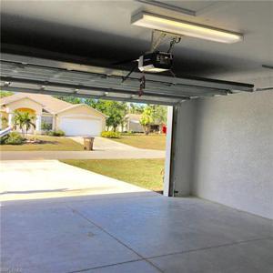 313 Se 17th Ave, Cape Coral, FL 33990