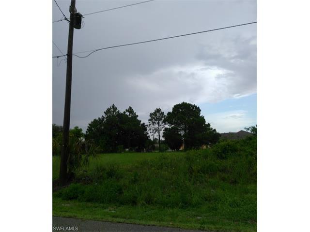 5405 Lee St, Lehigh Acres, FL 33971