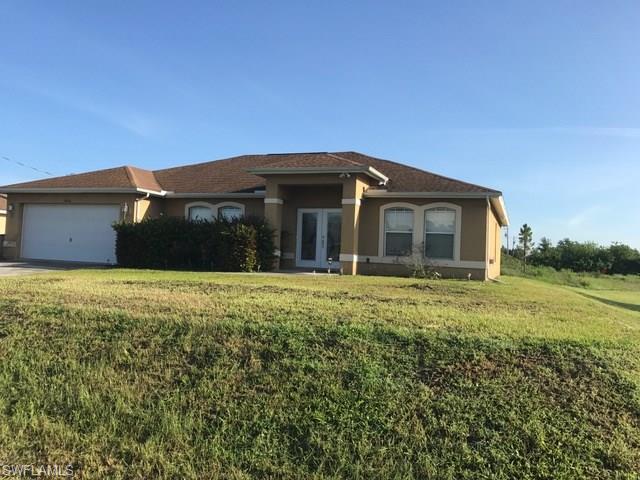 3806 7th St W, Lehigh Acres, FL 33971