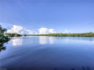 6911 Deep Lagoon Ln, Fort Myers, FL 33919
