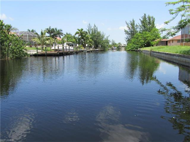 3910 Sw 19th Pl, Cape Coral, FL 33914