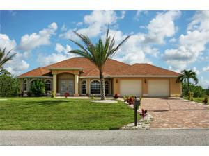 301 Nw 19th Ter, Cape Coral, FL 33993