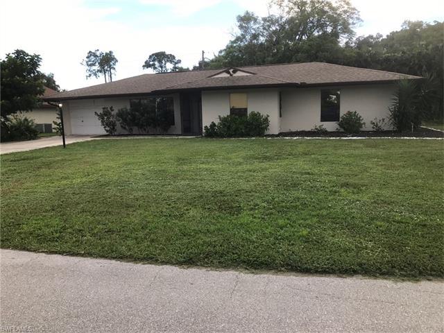 17612 Taylor Dr, Fort Myers, FL 33908