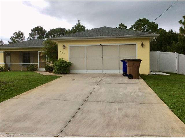 821 Carbon St E, Lehigh Acres, FL 33974