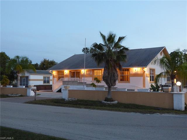 4351 Pine Rd, Fort Myers, FL 33908