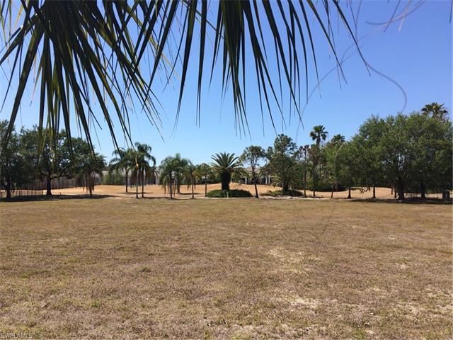 5882 Sunnyslope Dr, Naples, FL 34119