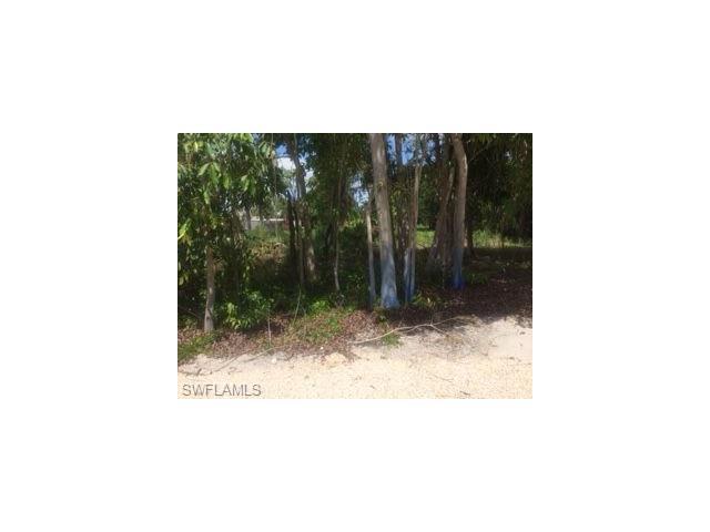 4411 Pine Lake Rd, Bonita Springs, FL 34134