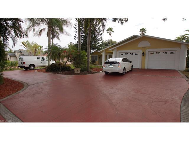 9760 Terry St W, Bonita Springs, FL 34135