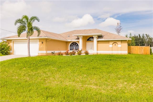 1133 Nw 27th Ct, Cape Coral, FL 33993