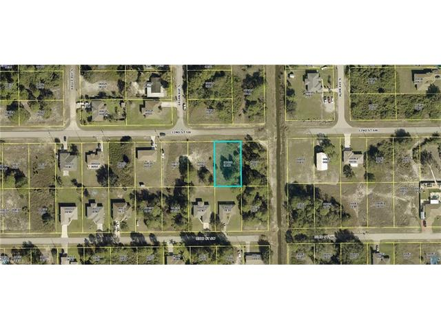 3903 32nd St Sw, Lehigh Acres, FL 33976