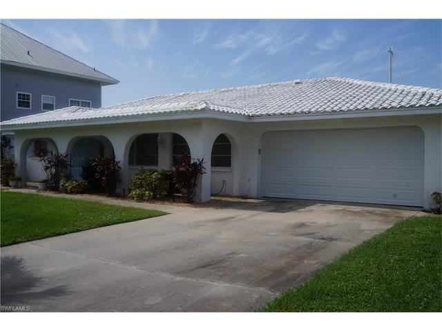 3667 Emerald Ave, St. James City, FL 33956