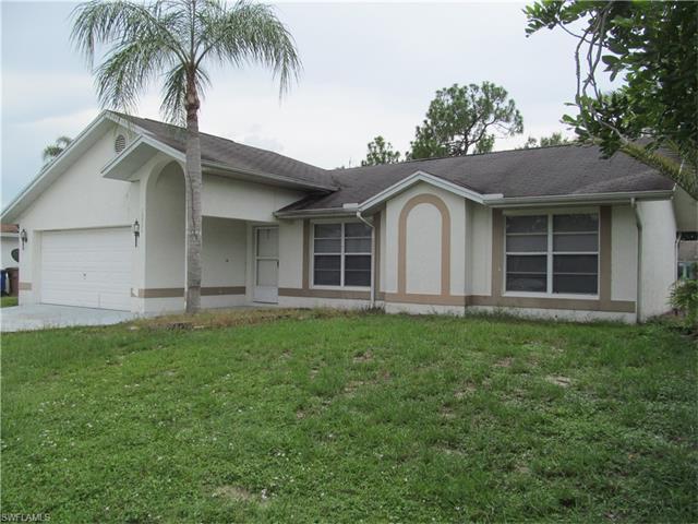 10726 Figtree Ct, Lehigh Acres, FL 33936