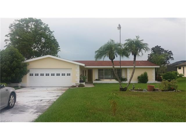 13826 River Forest Dr, Fort Myers, FL 33905