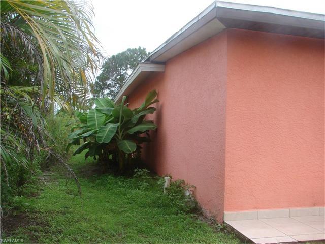 3725 37th Ave Ne, Naples, FL 34120