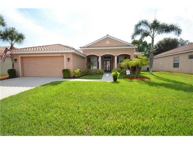 4402 Broadleaf Cir, Fort Myers, FL 33908