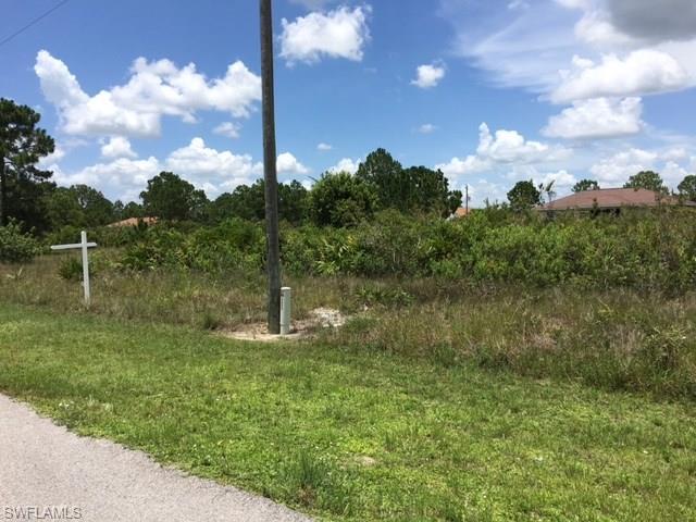 2710 40th St W, Lehigh Acres, FL 33971