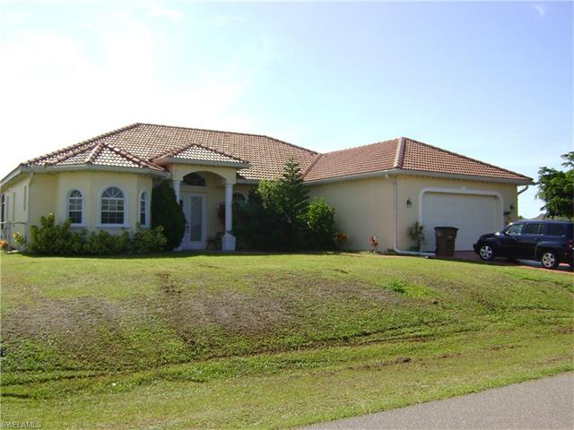 2713 Ne 2nd Pl, Cape Coral, FL 33909