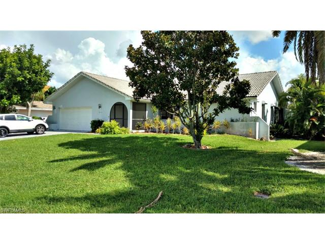 822 Monticello Ct, Cape Coral, FL 33904
