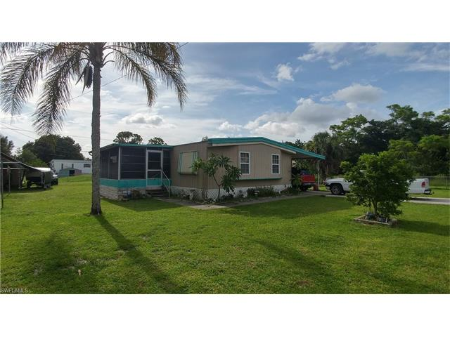 8190 Everhart Dr, North Fort Myers, FL 33917