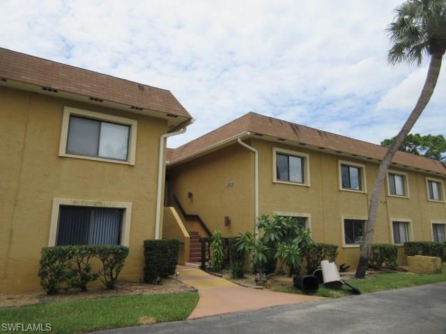 4732 Orange Grove Blvd 2, North Fort Myers, FL 33903
