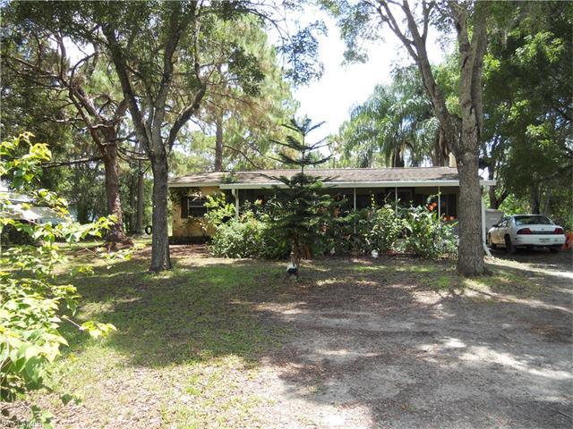 9440 Henderson Grade, North Fort Myers, FL 33917