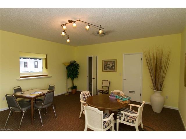 1376 S Brandywine Cir 4, Fort Myers, FL 33919