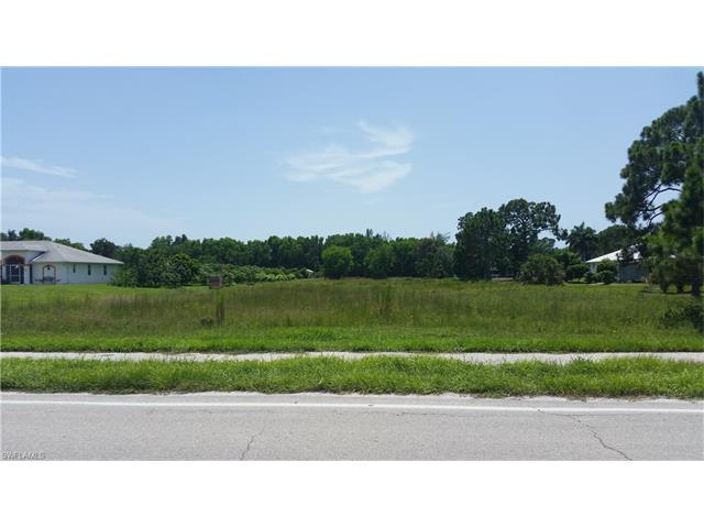 14081 Stringfellow Rd, Bokeelia, FL 33922