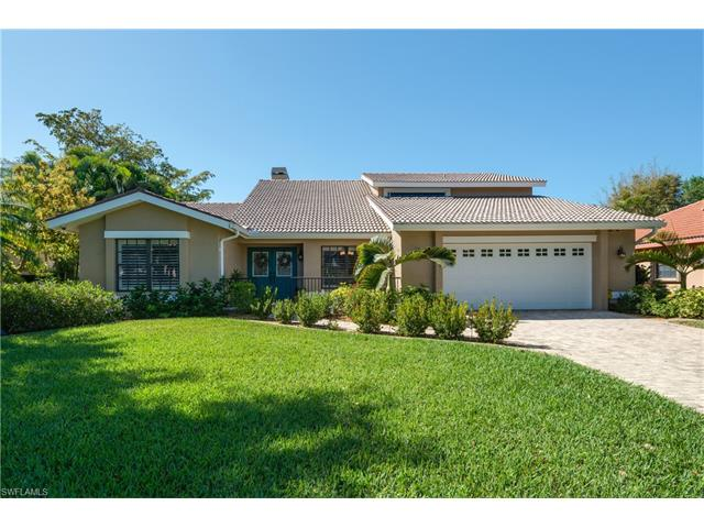 9811 Capstan Ct, Fort Myers, FL 33919
