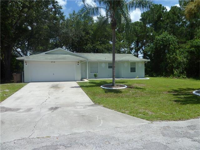 2716 12th St Sw, Lehigh Acres, FL 33976