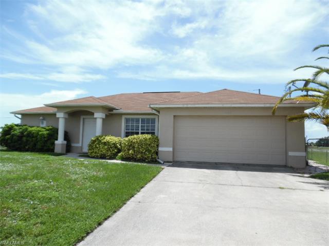 1506 Santa Barbara Blvd N, Cape Coral, FL 33993
