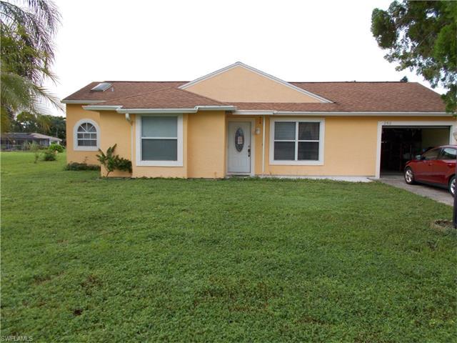 202 Ground Dove Cir, Lehigh Acres, FL 33936
