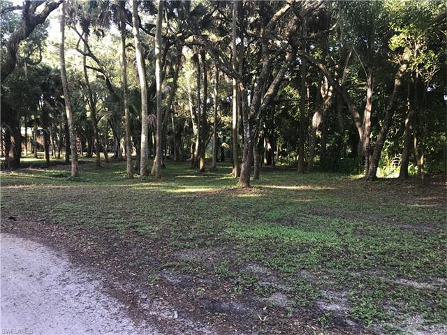 13850 Orange River Blvd, Fort Myers, FL 33905