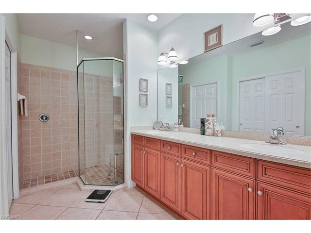 9382 Aviano Dr 102, Fort Myers, FL 33913