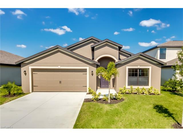 706 Center Lake St, Lehigh Acres, FL 33974