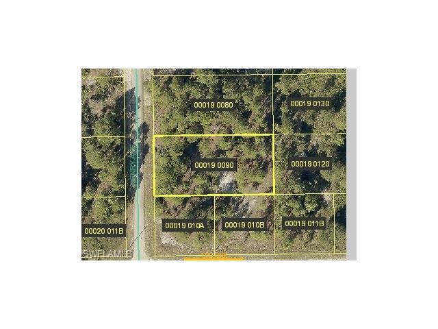 1702 Henry Ave, Lehigh Acres, FL 33972