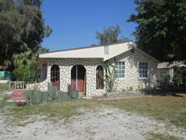 255 Hubbard Ave, North Fort Myers, FL 33917