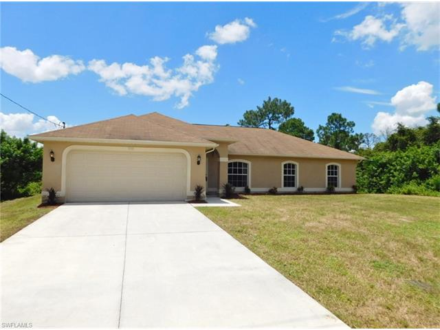 938 Graystone Ave, Lehigh Acres, FL 33974