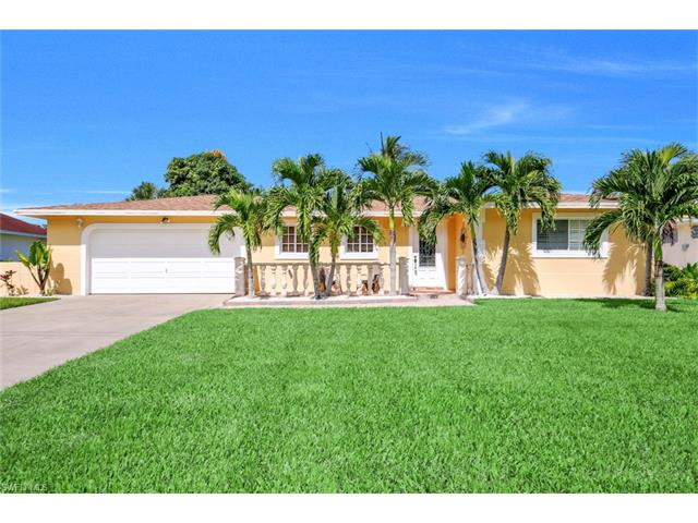 4520 Sw 12th Pl, Cape Coral, FL 33914