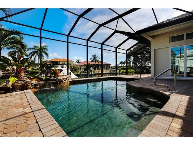 2311 Sagramore Pl, Cape Coral, FL 33914