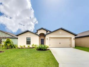 719 Center Lake St, Lehigh Acres, FL 33974