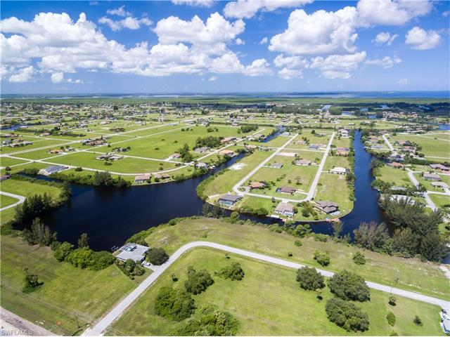 1800 Nw 32nd Pl, Cape Coral, FL 33993
