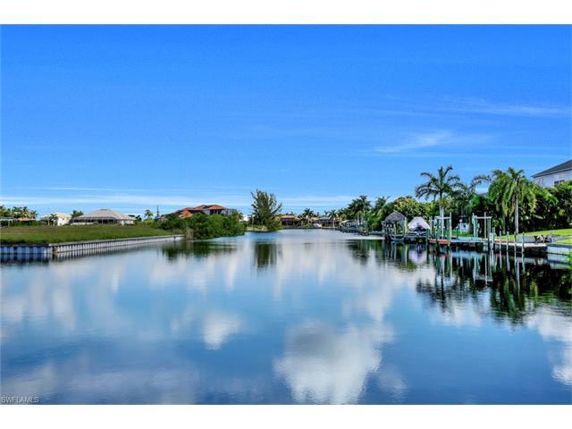 2903 Beach Pky W, Cape Coral, FL 33914