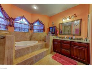 1928 Ne 14th St, Cape Coral, FL 33909