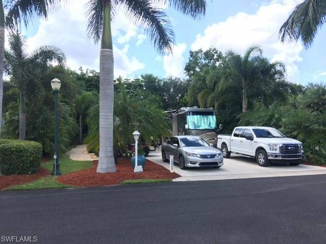 10023 Ramblewood Ct, Fort Myers, FL 33905