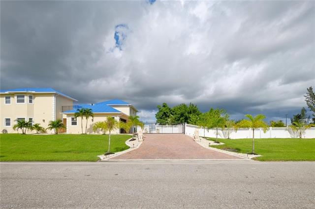 416 Nw 7th Pl, Cape Coral, FL 33993