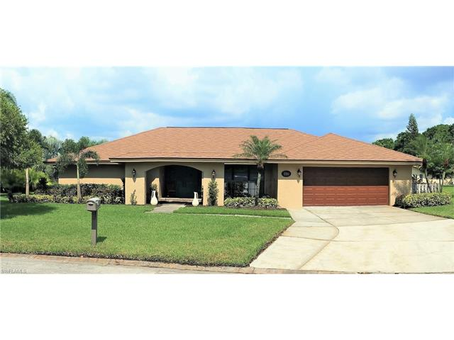 5704 Autumnwood Ct, Fort Myers, FL 33919