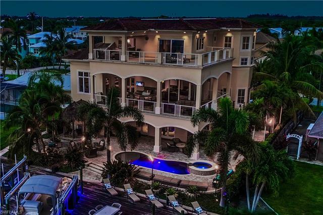 18276 Cutlass Dr, Fort Myers Beach, FL 33931