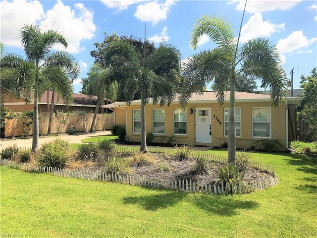 1346 Center Ln, Naples, FL 34110