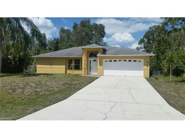 18521 Narcissus Rd, Fort Myers, FL 33967