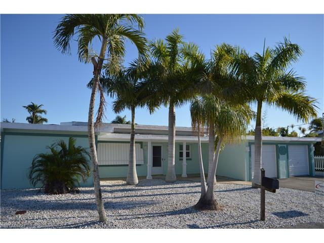 460 Madison Ct, Fort Myers Beach, FL 33931